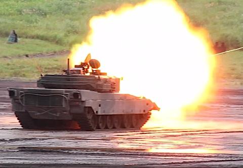 09−90式射撃4.jpg