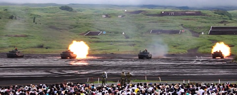 04-90式射撃2.jpg