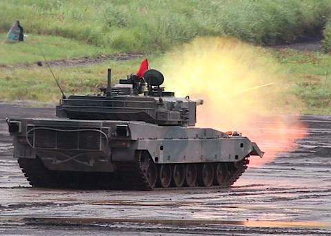 08-90式射撃3.jpg